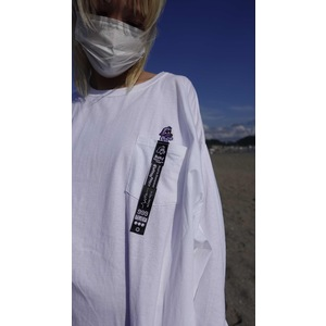 Embroidery Nuef pocketable long T-shirt