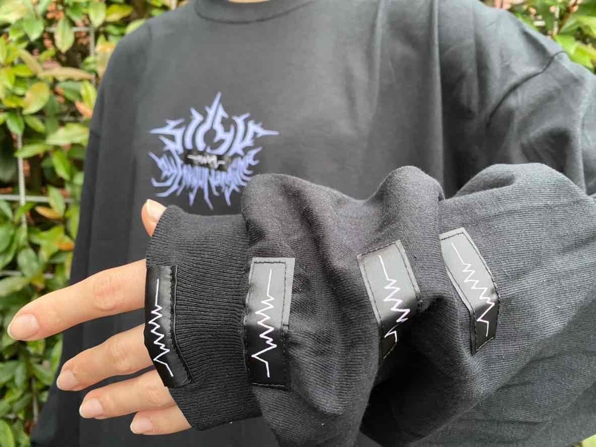 Metal logo long sleeve T-shirts